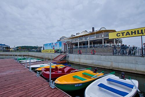 Лодки и катамараны в Робинсон Клуб