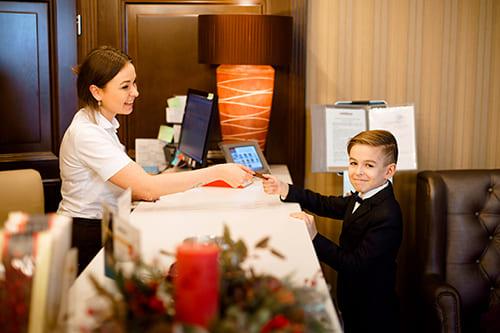 снять номер в отеле в минске на новый год